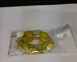 Snäckskalspärlor - Oblong - Ovala - Infärgade - Avokado grön
