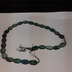Snäckskalspärlor - Oblong - Ovala - Infärgade - Dark Green