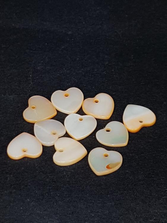 Snäckskalspärlor - Hjärtan - Orange - 15mm - 10st