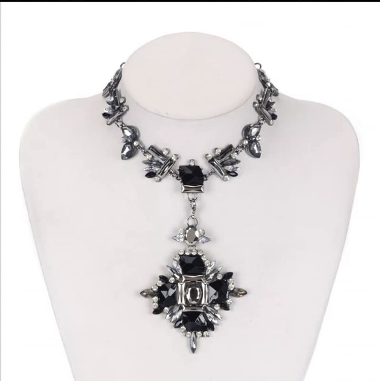 Crystal Set Choker