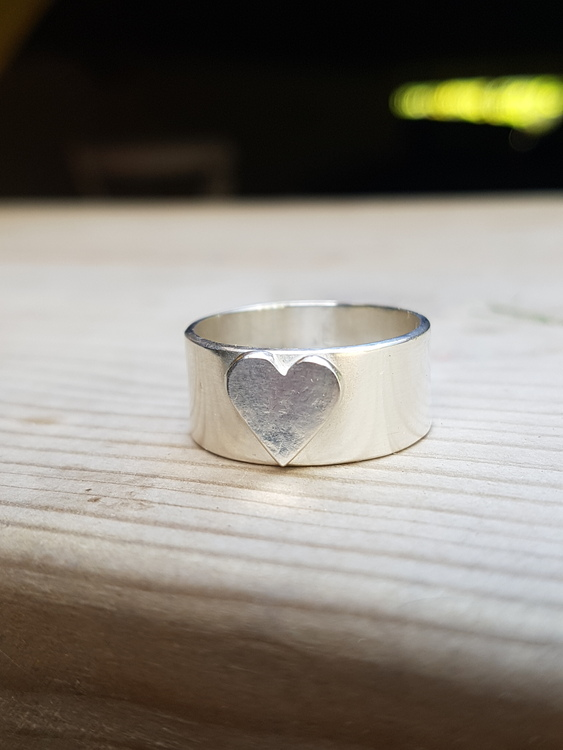 "Ring ""My Heart"""