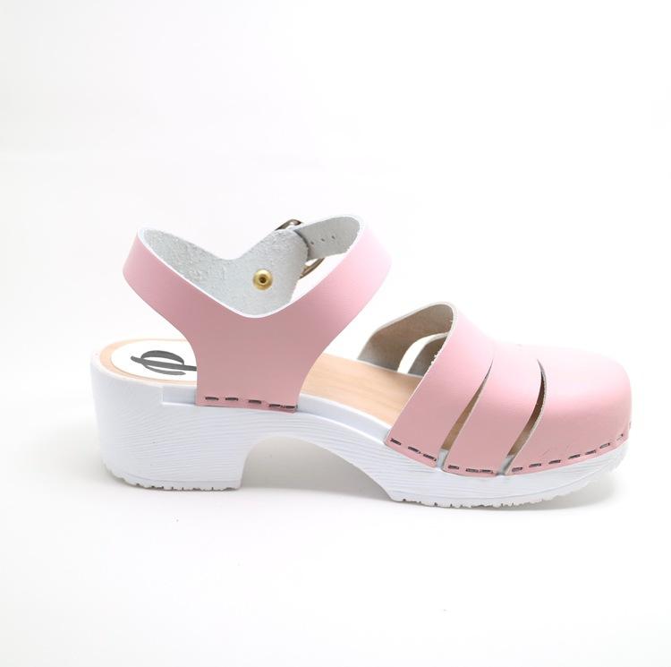 Piukk stängd sandal rosa (gummisula)