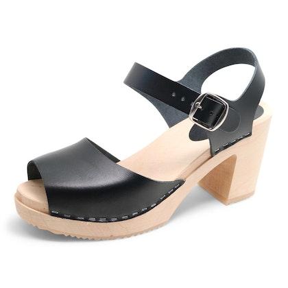 Piukk öppen sandal svart