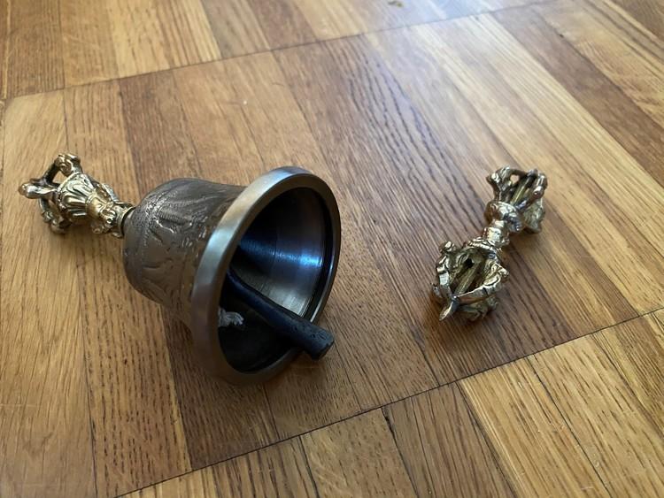 Dorjé & Bell