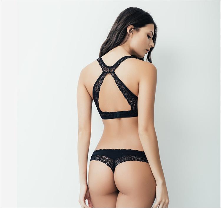 Stringtrosa spets svart