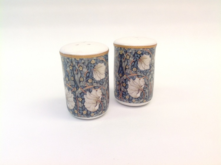 Salt & Peppar Pimpernel          William Morris