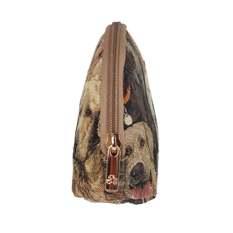 Cosmetic Brun Hund