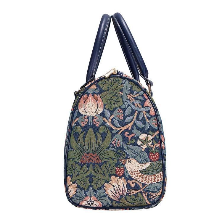 Travel Strawberry Blue        William Morris