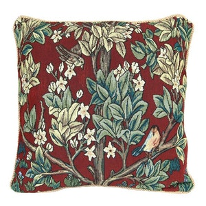 Kudde Tree of Life Red  William Morris