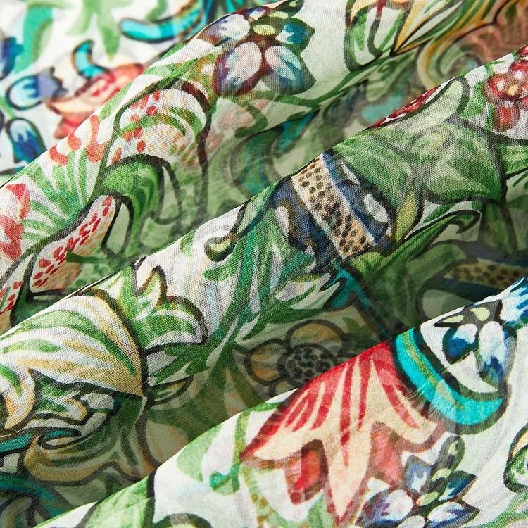 Scarf Golden Lilly.     WILLIAM MORRIS