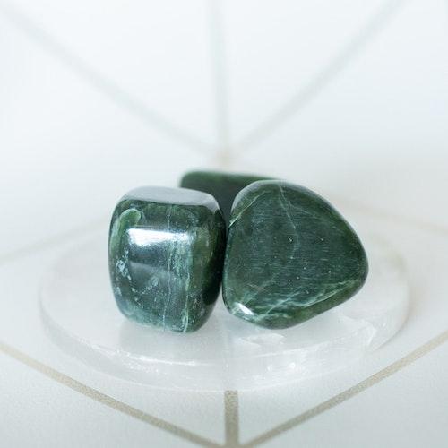 Grön jade  trumlad
