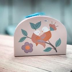 Barnväska med fågel