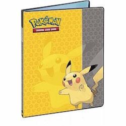 Ultra Pro Pikachu Samlarpärm 4-pocket Pärm för Pokemon