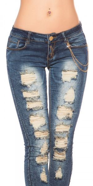 Ripped jeans med blonder og kjede