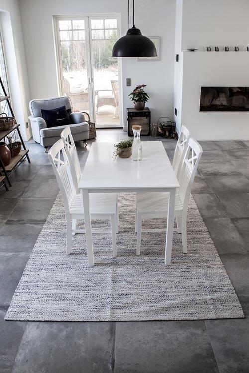 Matbord - Backagård 120*75