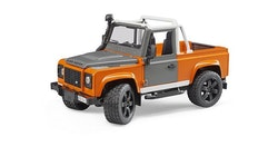 BRUDER Land Rover Defender Pick Up