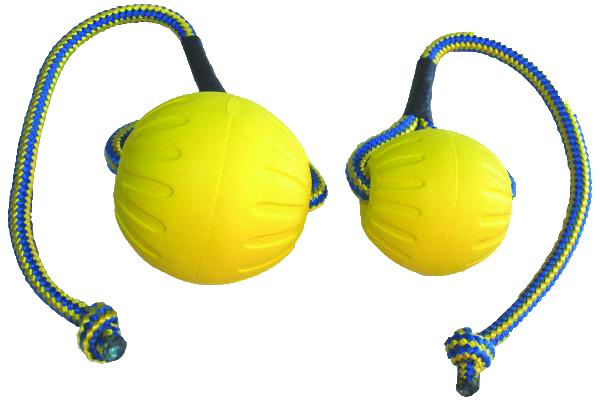 Swing & Fling Durafoam Ball i M og L fra 125,-
