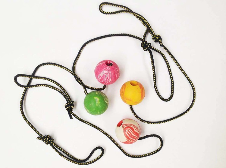 Ball med tau 60 cm M diameter 6 cm