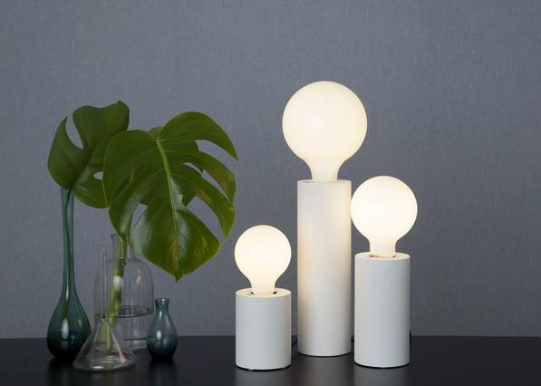 Kopia LAMPFOT E27 TUB vit