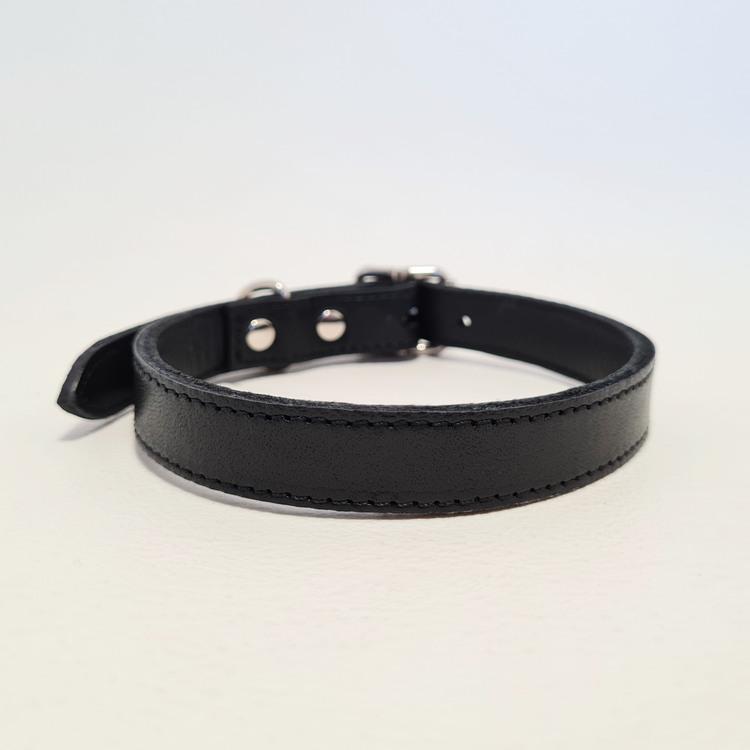 """Halsband & Koppel """"DEXTER"""" Svart 1,5cm"""