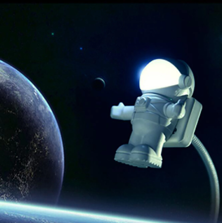 Elof Must the spaceman