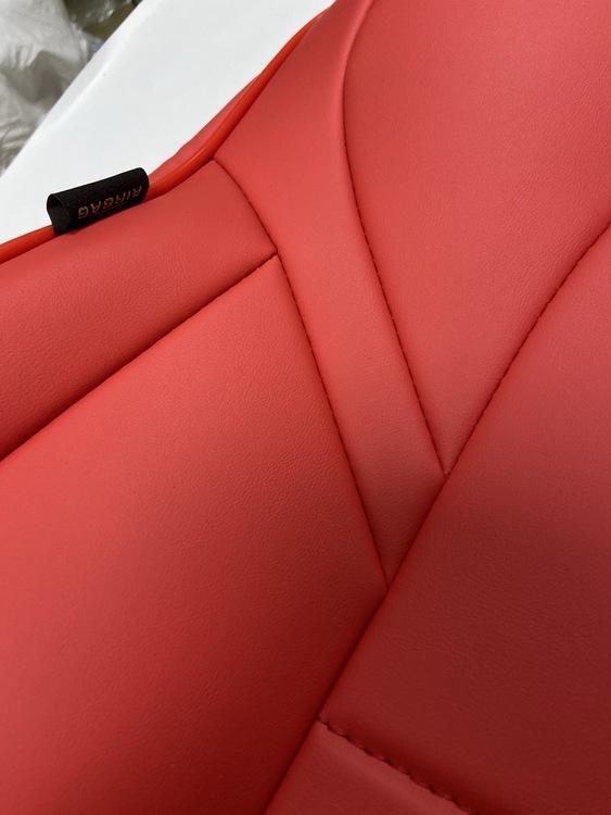 Överdragsklädsel Model 3 (4 olika färger)