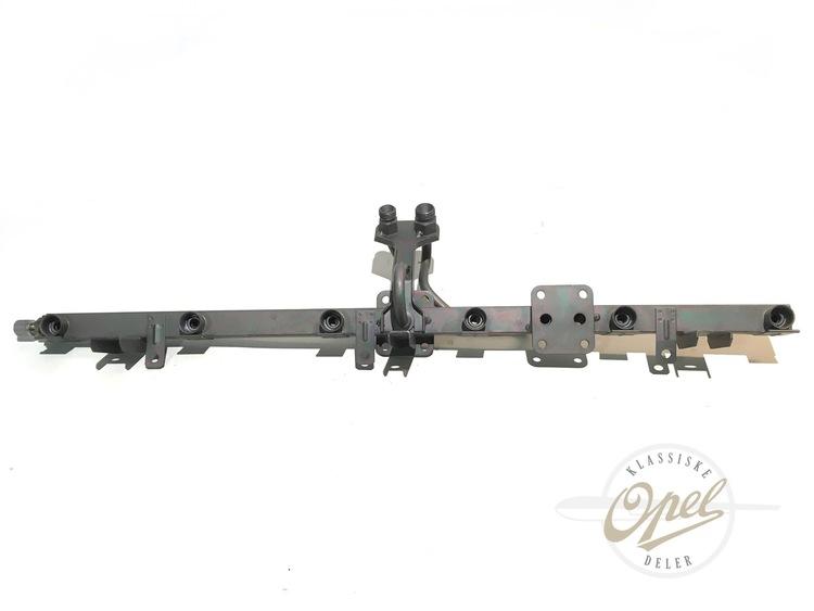 Fuel rail til C30SE