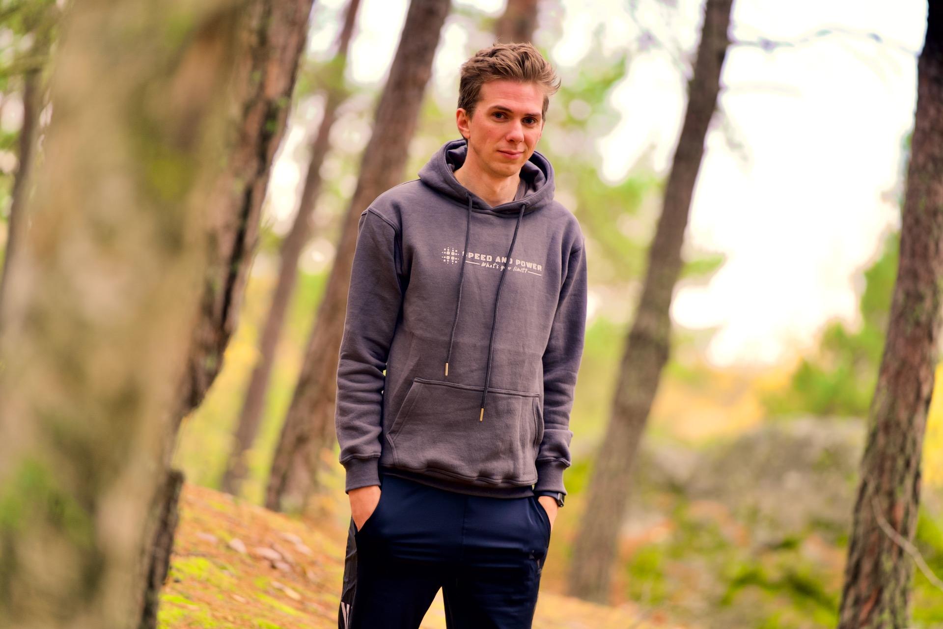 Speed and Power hoodie mörkgrå