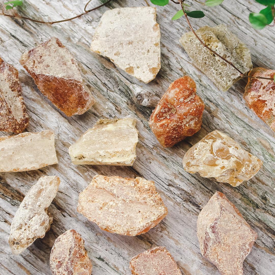 Bärnsten, naturliga bitar