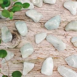 Akvamarin, trumlade stenar