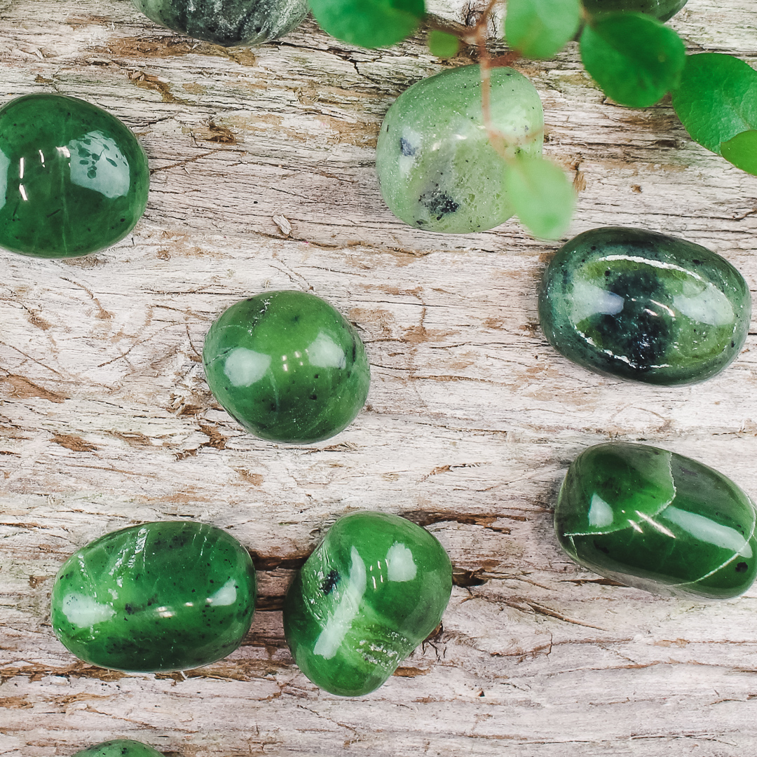 Grön Jade, trumlade stenar