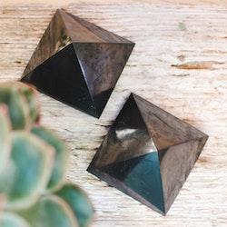 Shungit Pyramid