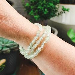 Prehnit, armband med små bumlingar