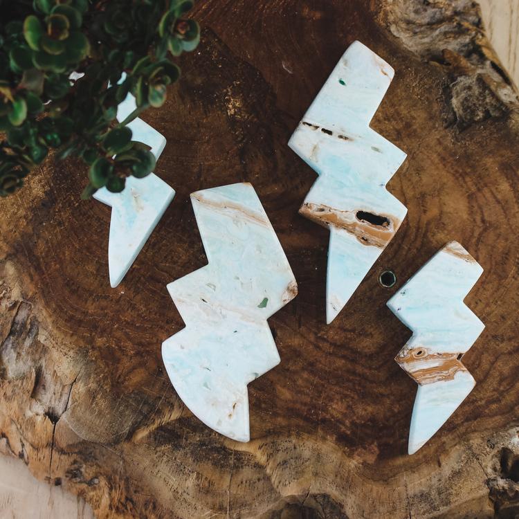 Caribbean blue kalcit, blixt