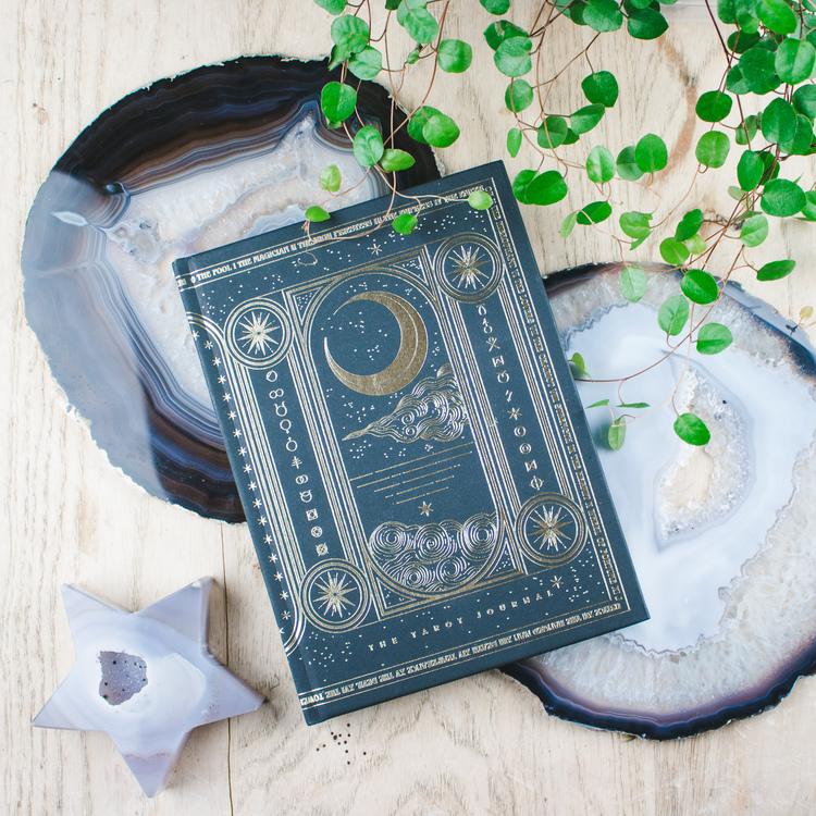Cocorrina Tarot Journal