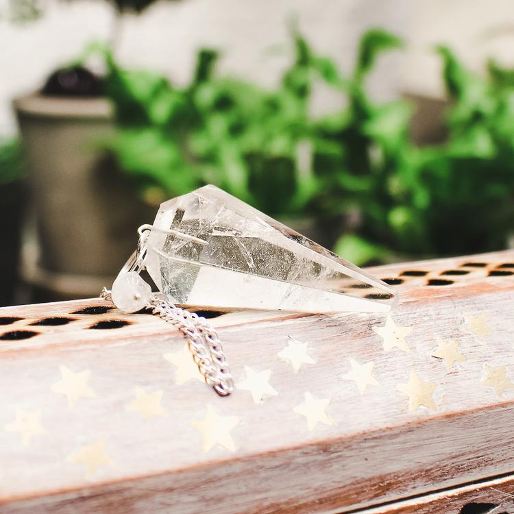 Bergkristall, slipad pendel