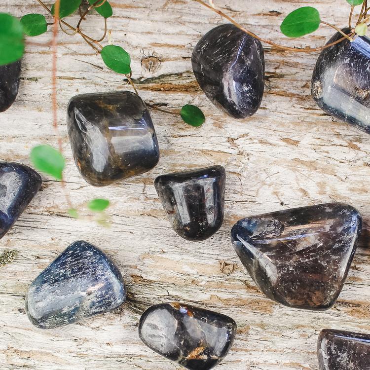 Blå Safir, trumlade stenar
