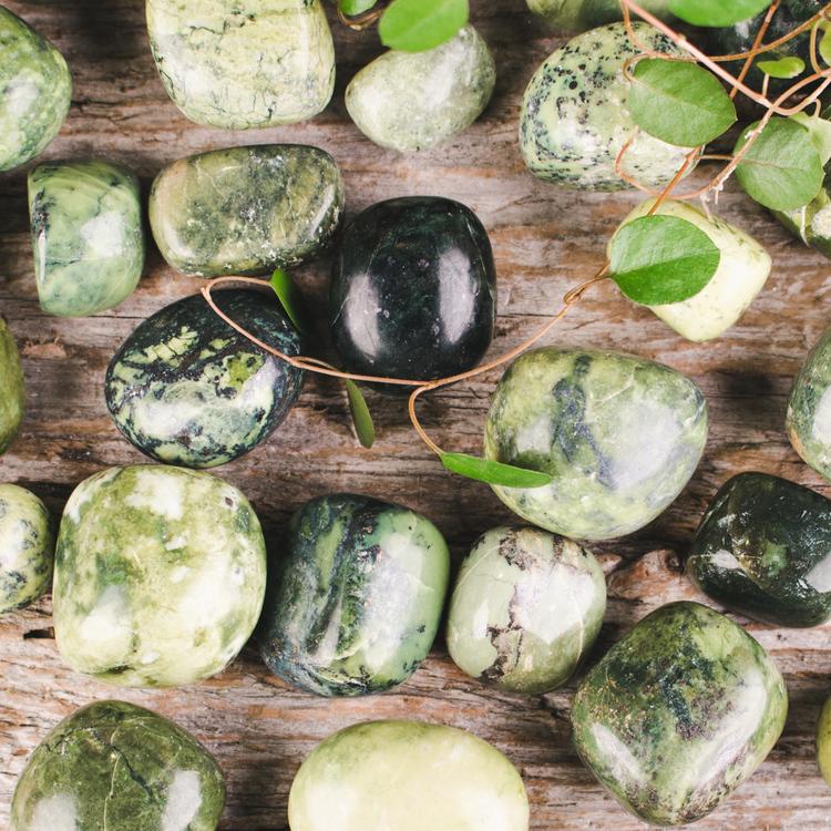 Serpentin, trumlade stenar