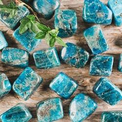 Blå Apatit, trumlade stenar