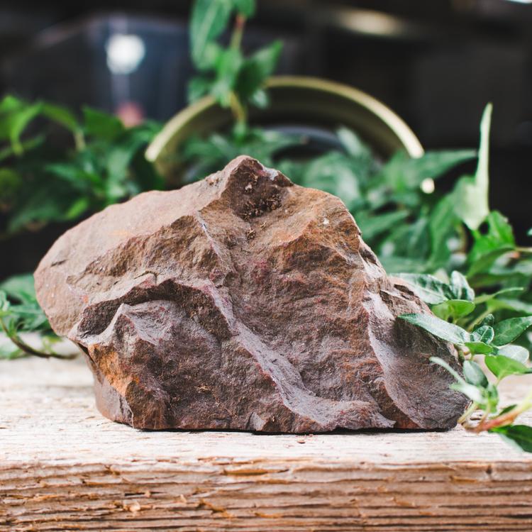 Hematit, stora rå stenar