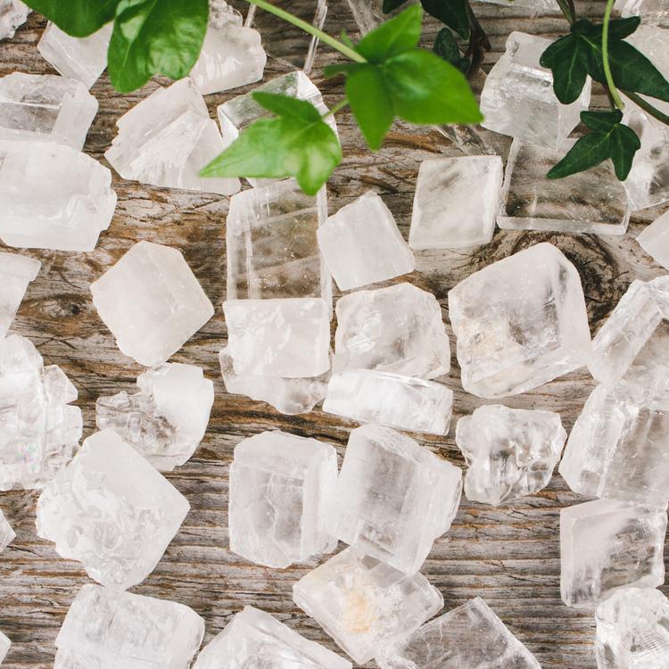 Ice kalcit, naturliga kristaller