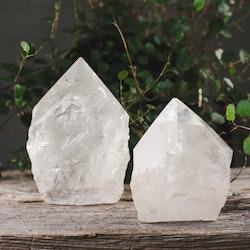 Bergkristall, base cut spets