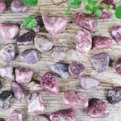 Lepidolit, trumlade stenar