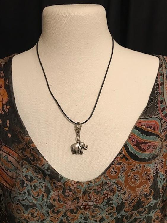 Elefant halsband från PD