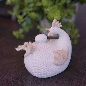 Tupp ägg på mage SIA
