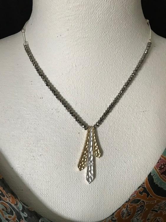 Halsband kort guld/silver