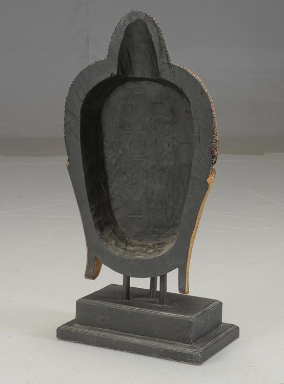 Buddha mask från Thailand på stativ - 93 cm hög