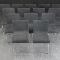 Hyr stolar, GUBI Chair 2 - Design Komplot