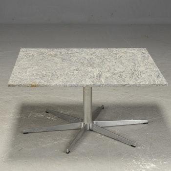 Hyr vintage Arne Jacobsen - soffbord med granit skiva