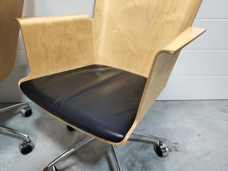 Hyr stolar med hjul, Gärsnäs Vinga - Design Åke Axelsson